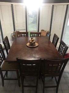 Bar Height Dining Room Table. Built In Leaf. 9 chairs