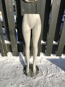 Mannequin legs with stand