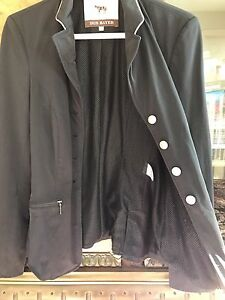 Iris Bayer show jacket
