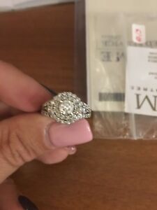 2 caret Diamond white Gold Engagement Ring
