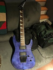 Jackson SLXFMG soloist with HSC- mint!