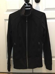 Lululemon Stride Jacket size 8