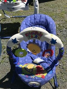Excellent used baby items