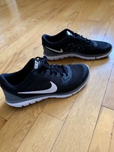 Nike Men's 8.5 Brand New! $40 Collingwood
