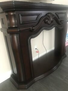 Brand New + Unused- Electric Fireplace & Frame/Mantel