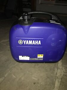 Yamaha EF 2000is Generator