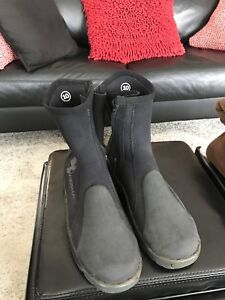Akona Diving Boot