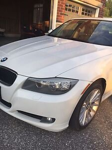 new price 328 XI bmw