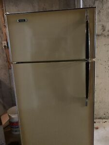 Harvest gold fridge. Very good clean condition.