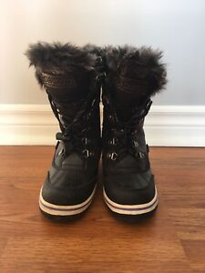Winter boots, size 1