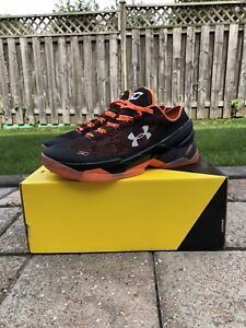 Men's Under Armour Curry 2 Low - Size 9