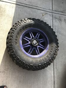 New style chev gmc studded 35 inch tires and rims