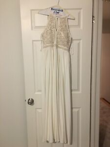 Selling size 6 floor length dress