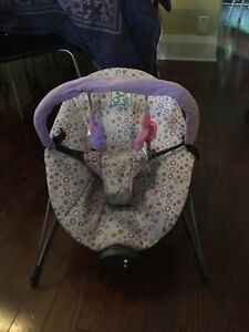 Bouncer seat for baby