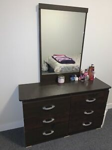 Dressing table on sale for cheap