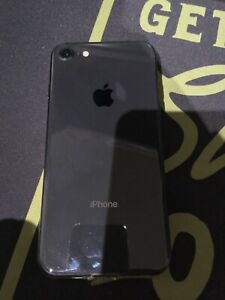 Selling IPhone 8 64gb Black