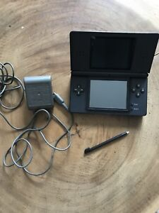 Nintendo DS Lite with Superpack games