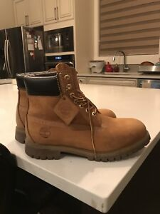 MENS TIMBERLAND CLASSIC BOOTS size 8.5