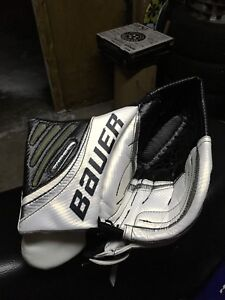 Bauer vapor youth left glove