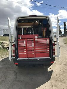 Sprinter 3500 mechanic service and lube truck