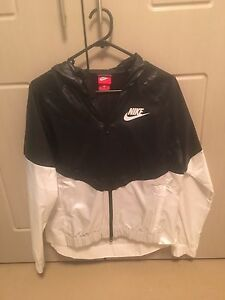 Nike windbreaker jacket Balga Stirling Area Preview