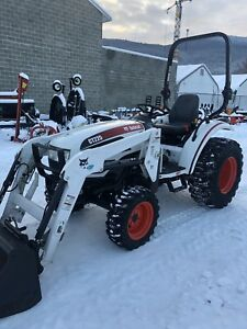 2011 CT225 bobcat tractor with loader, 146hrs, hst