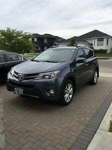2014 Toyota Rav 4 Unlimited Edition AWD Navigation and Sunroof