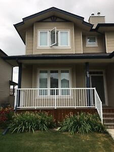 Room for rent in Kentwood area