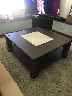 5 PIECE Lounge room furniture