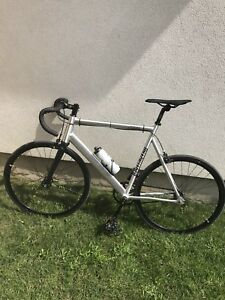 Brand New mint condition - State Cycle v2 Fixed Gear