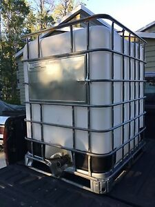 300 gallon water holding tank
