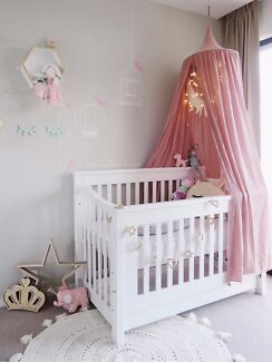 Cocoon Flair Crib (with mattress)