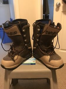 Size 10.5 thirty two brand snowboard boots