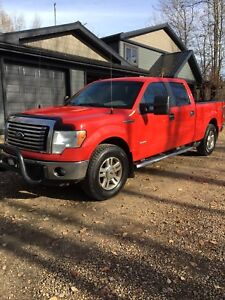 2011 Ford F-150 XLT-3.5 ecoboost-4x4-new tires-clean carproof