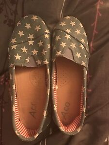 Blue and white Stars canvas shoes womans