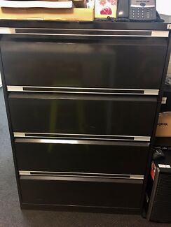 Office Furniture - Filing Cabinet - FREE