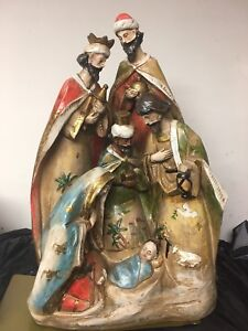 Beautiful Nativity for Christmas in excellent condition