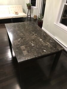 Quartz dinning table
