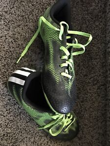Boys size 6 Adidas cleats
