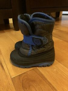 Size 5T Kamik winter boots