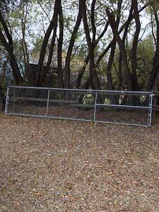 20' chainlink gate