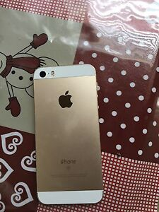Gold iPhone 5se 16gb