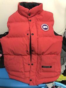 Canada goose vest xs