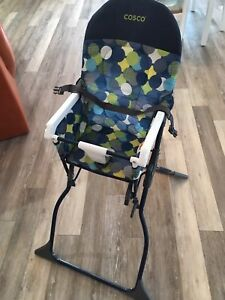 Cosco high chair ( only used a few times )