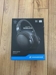Mint condition Sennheiser Bluetooth headphones with warranty