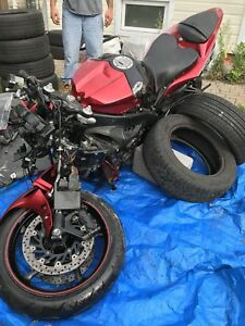 Parts for a Yamaha yzf r1 2009 2010 2011 2012 2013 2014