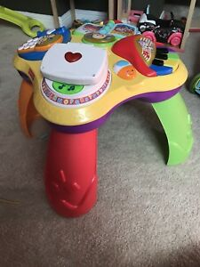 GUC - Fisher Price Activity table