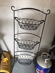 Freestanding fruit/veggie baskets