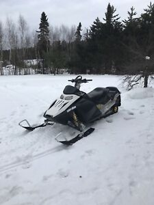07 Skidoo REV 800 P-TECH