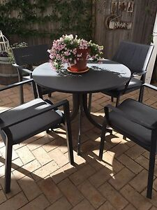 Outdoor table setting Hunters Hill Hunters Hill Area Preview